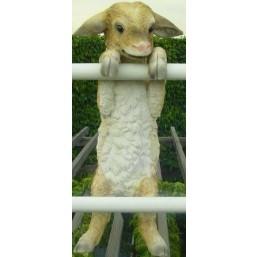 Садовая фигурка Козленок на заборе MG20503