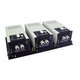 Стабилизатор напряжения трехфазный  СКм-18000-3