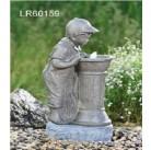 Фонтан Мальчик у фонтана LR60159