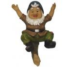 Садовая фигурка Гном катающийся на дереве 33703А