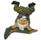 Садовая фигурка Гном стоящий на руках 33704В  GS