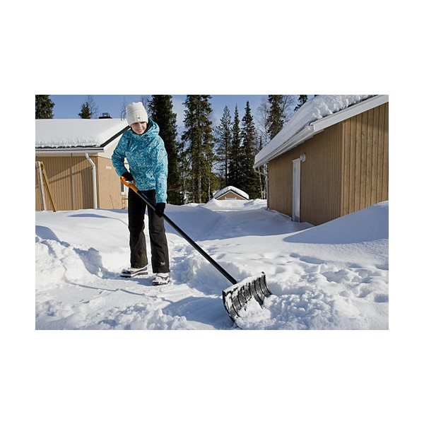 Движок для снега своими руками видео